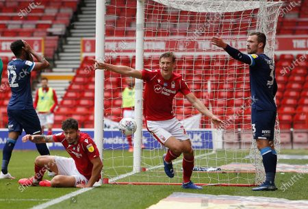 Nottingham Forest's Ryan Yates celebrates the third goal