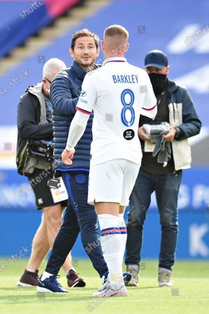Frank Lampard manager of Chelsea talks to Ross Barkley of Chelsea after the match.