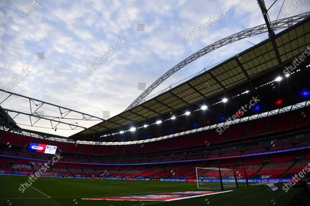 A general view of the Wembley arch - Utilita LED