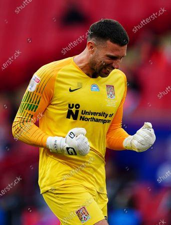 Steve Arnold of Northampton Town celebrates the second goal