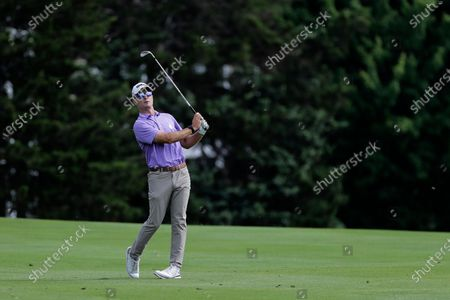 Kevin Streelman hits from the second fairway during the third round of the Travelers Championship golf tournament at TPC River Highlands, in Cromwell, Conn