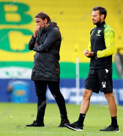 Norwich City's manager Daniel Farke (L) reacts during the English FA Cup quarter final soccer match between Norwich City and Manchester United in Norwich, Britain, 27 June 2020.