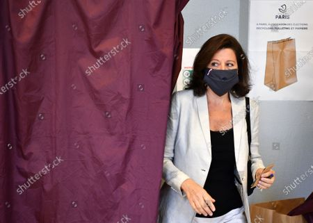 Agnes Buzyn, La Republique en Marche (LREM) candidate in the 2020 mayoral elections casts her vote for the second round of the mayoral elections, in the 5th district of Paris, France, 28 June 2020. The second round of municipal elections was to be held on 22 March 2020 but was delayed due to the spread of the coronavirus pandemic causing the Covid-19 disease.