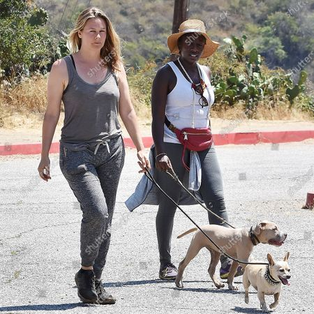 Alicia Silverstone counts of the help of others to find her dogs that were lost during her hiking