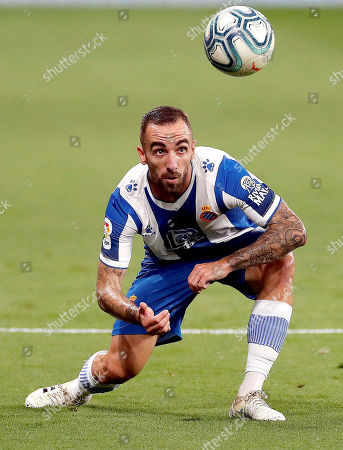 Espanyol's Sergi Darder in action during the Spanish LaLiga soccer match between RCD Espanyol and Real Madrid held at RCDE Stadium, in Barcelona, Spain, 28 June 2020.