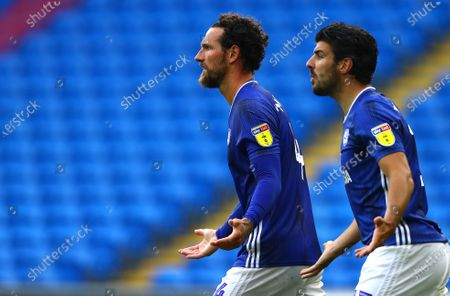 Sean Morrison and Callum Paterson of Cardiff City show a look of frustration
