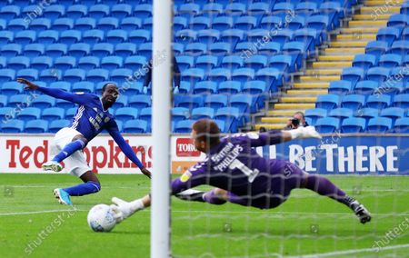 Albert Adomah of Cardiff City sees his shot saved by Dillon Phillips of Charlton Athletic.