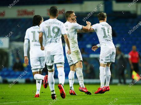 Stuart Dallas of Leeds United celebrates celebrates scoring a goal to make it 1-1 with Ezgjan Alioski