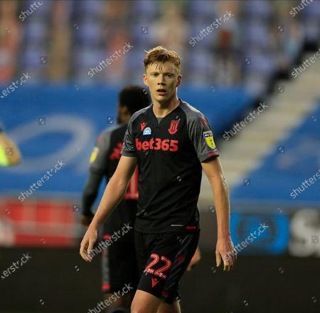 Sam Clucas (22) of Stoke City
