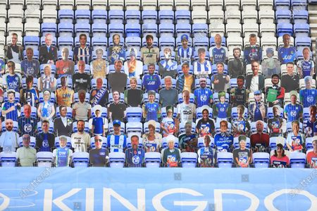 Fam pictures in the grandstand at the DW stadium