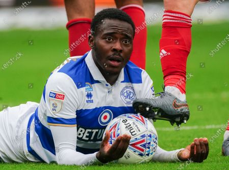 Bright Osayi-Samuel of QPR reacts to the referee from the ground