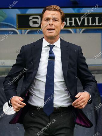 Scott Parker Manager of Fulham reacting on the sideline