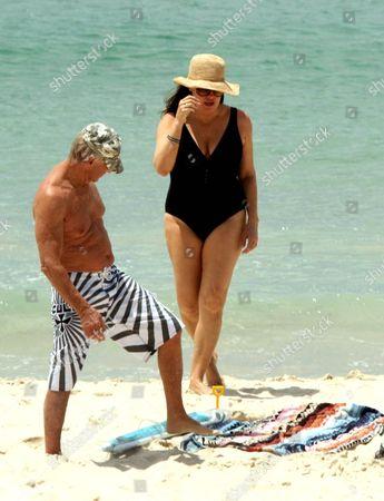 Paul and Linda Hogan
