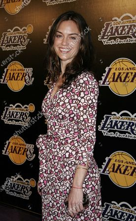 Jennifer Grant at the LA Lakers 2nd Annual Las Vegas Casino Night Celebrity Poker Challenge to benefit LA Lakers Youth Foundation at Barker Hangar in Santa Monica, CA