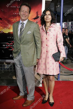 Peter Strauss with wife, Rachel Ticotin at the XXX: State Of The Union Premiere at Mann Village in Westwood, CA