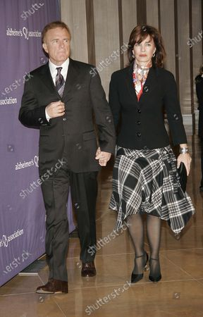 Anne Archer with husband, Terry Jastrow at The Alzheimer's Association's13th Annual A Night at Sardi's celebrity fundraiser and dinner held at the Beverly Hilton Hotel in Beverly Hills, CA
