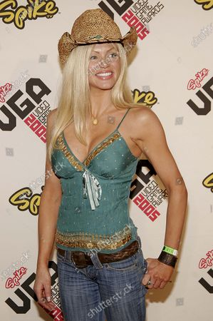 Nikki Ziering arrives to the Spike TV Video Game Awards 2005 held at Gibson Amphitheater in Los Angeles, CA