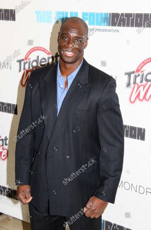 """Isaac C. Singleton, Jr. from the hit film """"Pirates of the Caribbean: The Curse of the Black Pearl,"""" as well as the upcoming sequel, """"Pirates of the Caribbean: Dead Man's Chest,"""" attends the Trident White """"Black & White"""" Party in support of The Film Foundation, a non-profit film preservation organization led by Martin Scorsese, at the Sky Bar of the Mondrian Hotel in West Hollywood, CA."""