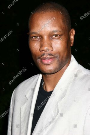 """Dwayne Adway, from """"Into the Blue"""", arrives at a star-studded, one-night-only reading of Eve Ensler's """"Vagina Monologues,"""" directed by film director Penny Marshall, to raise money and recognition for the 2005 Worldwide V-Day Campaign to end violence against women, at the historic Wilshire Ebell Theater in Los Angeles, CA."""