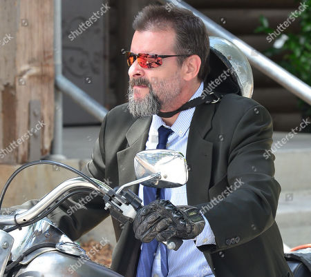 Exclusive - Judd Nelson out and about, Los Angeles