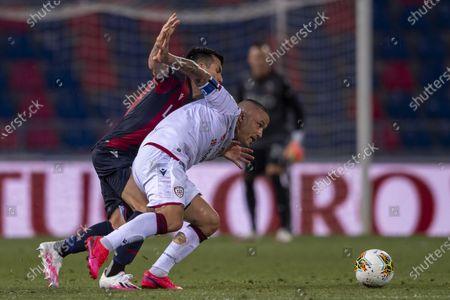 "Radja Nainggolan (Cagliari) Gary Medel (Bologna)           during the Italian ""Serie A"" match between Bologna 1-1 Cagliari at Renato Dall Ara Stadium on July 01 , 2020 in Bologna, Italy."