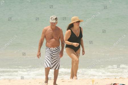 Editorial photo of Paul  Hogan and wife at Byron Bay, Australia - 26 Dec 2009