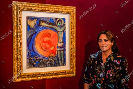 Soalnge with Marc Chagall, Christ au couple en rouge, Estimate: GBP 260,000 - GBP 360,000 - Christie's has now opened by appointment, only, in London and this week unveiled a Rainbow Room created by the jeweller Solange Azagury-Partridge, which is being created using fabric by Colefax and Fowler. Works from the online sale 'Dialogues: Modern & Contemporary Art' are installed in the room and the fabric will be donated to an NHS charity, that is creating 'Nest Rooms' in hospitals as respite spaces for staff on duty.