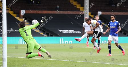 Bobby De Cordova Reid of Fulham's golden chance is saved by Lee Camp goalkeeper of Birmingham City