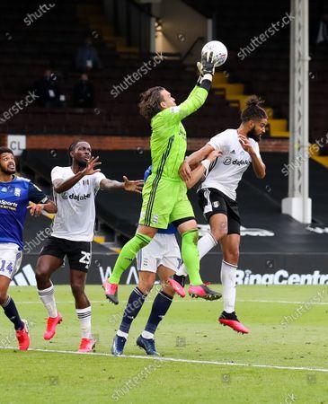 Lee Camp goalkeeper of Birmingham City  claims a cross