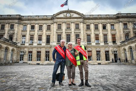 Philippe Poutou, Thomas Boudinet and Evelyne Cervantes-Descubes after a session of Bordeaux city council in Bordeaux on July 3, 2020 after Hurmic's official election as new mayor of Bordeaux, five days after the second round of the mayoral elections in France.