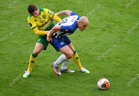 Ondrej Duda (L) of Norwich in action against Aaron Mooy of Brighton during the English Premier League match between Norwich City and Brighton & Hove Albion in Norwich, Britain, 04 Juy 2020.