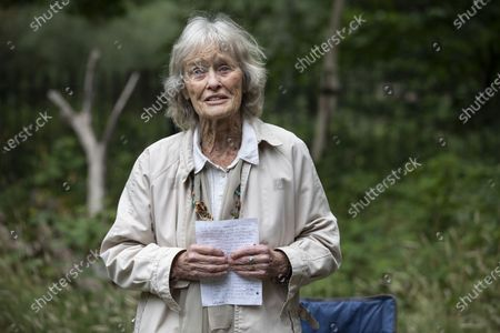 Stock Photo of Virginia McKenna OBE, legendary actress and co-founder of the wildlife charity Born Free with friends including charity walkers Angela and Martin Humphrey combined age of 180 for last day of fundraising walk.