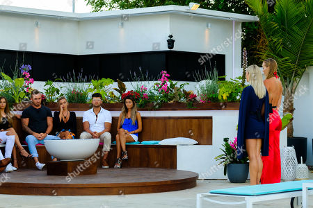 The Islanders gather around fire pit to see who out of Cassidy McGill and Edyn Mackney is dumped from the Island