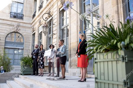 Stock Photo of (avec Jean-Baptiste Djebbari, Brune POIRSON, Emmanuelle WARGON, Christophe Itier). Transfer of head ministry between Elisabeth Borne (French Minister for Ecological and Inclusive Transition) and Barbara Pompili (Member of Parliament for the Somme and Chairperson of the Commission for Sustainable Development and Regional Planning of the National Assembly), Hotel de Roquelaure
