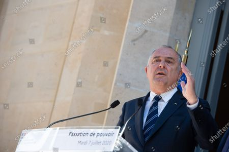 Transfer of power between Mr. Didier Guillaume, Minister of Agriculture and Food and Mr. Julien Denormandie, Minister to the Minister of Territorial Cohesion and Relations with Territorial Communities, responsible for the city and housing.