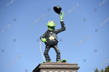 Statue of Kermit The Frog stands at the entrance to The Jim Henson Company, in the Hollywood section of Los Angeles