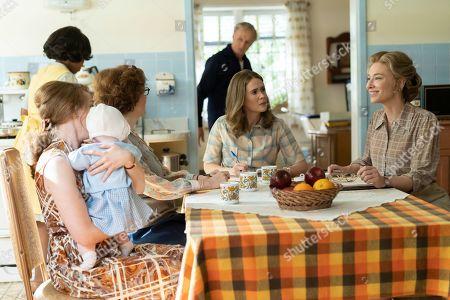 Kayli Carter as Pamela Whalen, Melanie Lynskey as Rosemary Thomson, Sarah Paulson as Alice Macray and Cate Blanchett as Phyllis Schlafly