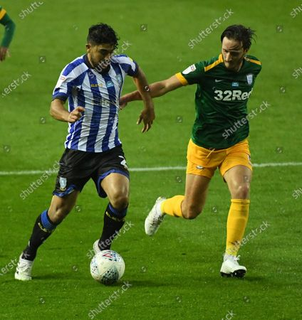 Massimo Luongo of Sheffield Wednesday and Ben Davies of Preston North End