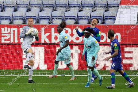 Image éditoriale de Wigan Athletic v Queens Park Rangers, Sky Bet Championship, Football, DW Stadium, Wigan, UK - 08 Jul 2020