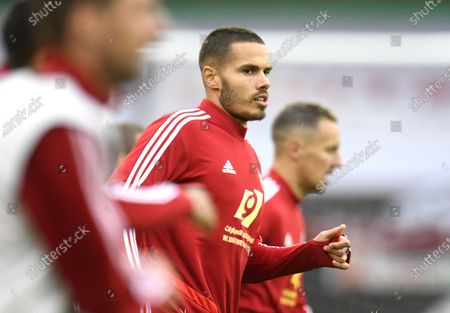Jack Rodwell of Sheffield warms up ahead of the English Premier League match between Sheffield United and Wolverhampton Wanderers in Sheffield, Britain, 08 July 2020.
