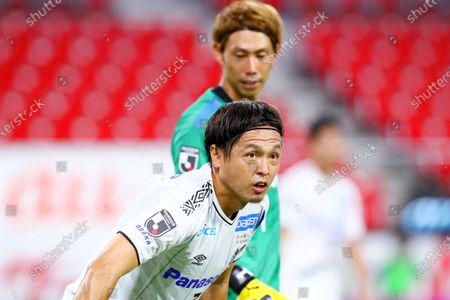 (Top-Bottom)  Masaaki Higashiguchi,  Yasuhito Endo (Gamba) - Football / Soccer :  2020 J1 League match between Nagoya Grampus 2-2 Gamba Osaka at Toyota Stadium in Toyota, Aichi, Japan.