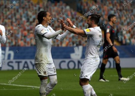 Helder Costa celebrates scoring Leeds second goal with Jack Harrison