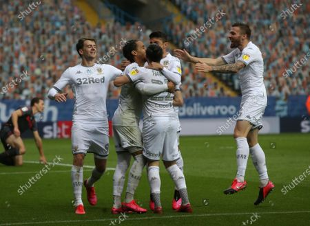Helder Costa celebrates scoring Leeds second goal with team mates