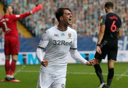 Patrick Bamford celebrates scoring Leeds 5th Goal