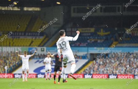 Pablo Hernandez of Leeds United celebrates scoring the fourth goal 4-0