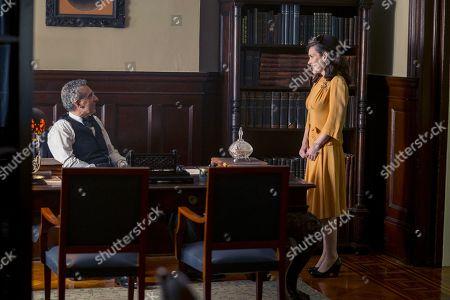 John Turturro as Rabbi Lionel Bengelsdorf and Winona Ryder as Evelyn Finkel