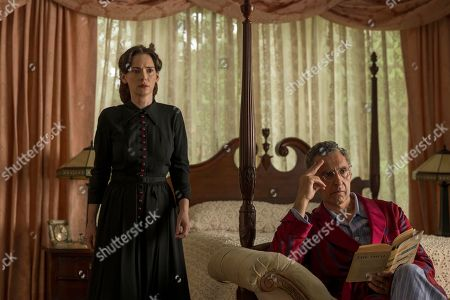 Winona Ryder as Evelyn Finkel and John Turturro as Rabbi Lionel Bengelsdorf