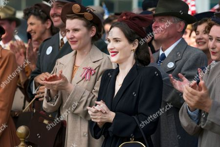 Stock Picture of Winona Ryder as Evelyn Finkel