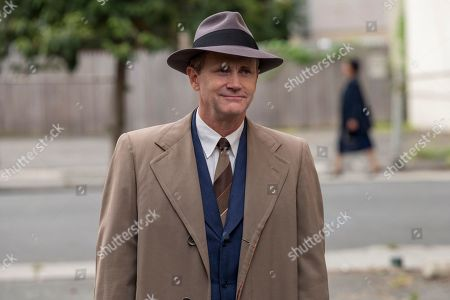 Stock Image of Lee Tergesen as Agent Don McCorkle