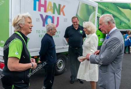 Image éditoriale de Prince Charles and Camilla Duchess of Cornwall visit to Avonmouth, Bristol, UK - 09 Jul 2020